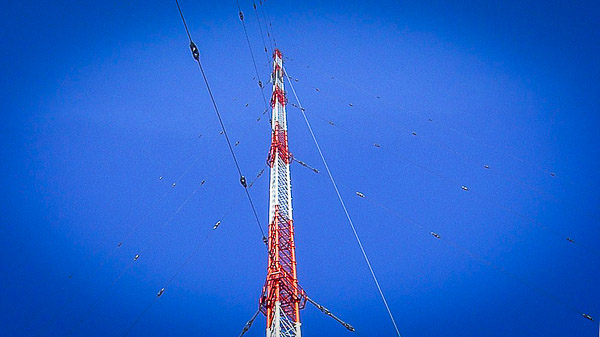 357 Meter hohe Hauptantenne der Sendestation Zehlendorf