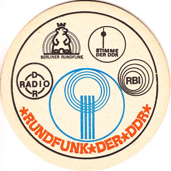 Abgewickelter Rundfunk der DDR mit RBI auf einem Bierdeckel | Foto: Jörg Wagner