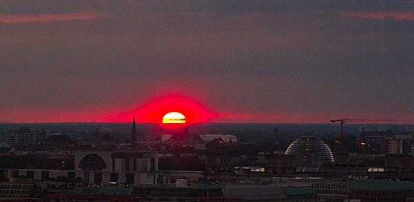 Sonnenuntergangsblick vom Springerhochhaus