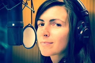 Eleni Klotsikas im radioeins-Studio