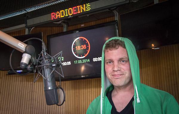 Sebastian Esser im radioeins-Studio