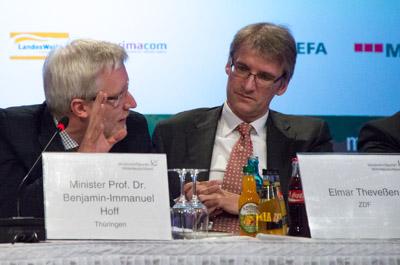 Prof. Dr. Benjamin-Immanuel Hoff - Elmar Theveßen