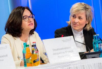 Jacqueline Kraege - Prof. Dr. Karola Wille