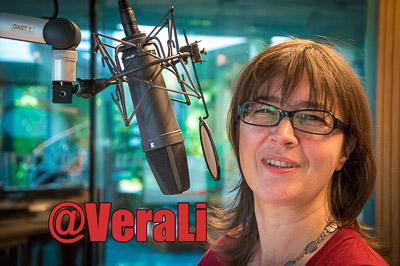 Vera Linß im radioeins-Sendestudio