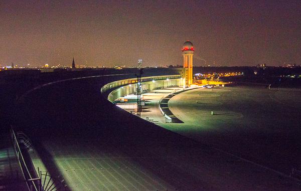 Blick aus den Fenstern der Exozet Berlin GmbH am Platz der Luftbrücke