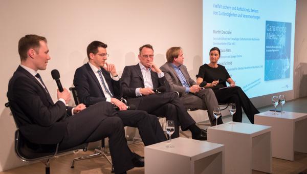 Julius van de Laar - Dr. Martin Drechsler - Dr. Tobias Schmid - Stefan Kuzmany - Inka Schneider | Foto: © Jörg Wagner