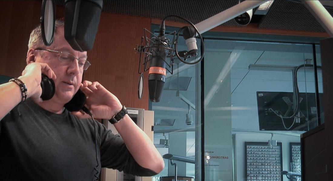 Michael Meyer im radioeins-Sendestudio | Foto: © Jörg Wagner