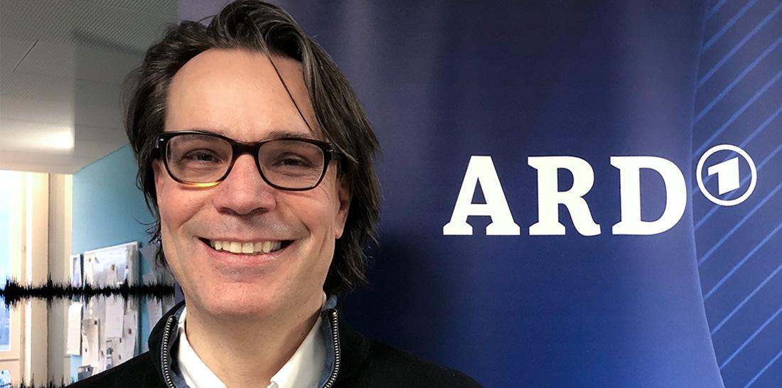 Mark Eisenegger im ARD-Studio Zürich | Foto: © Jörg Wagner