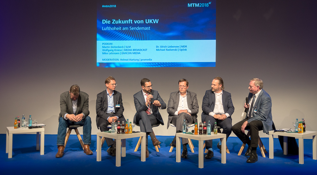 Martin Deitenbeck - Ulrich Liebenow - Peter Zimmermann - Wolfgang Kniese - Michael Radomski - Helmut Hartung | Foto: © Jörg Wagner